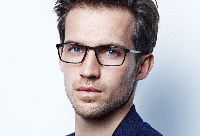 man wearing lindberg actinium rectangular frame
